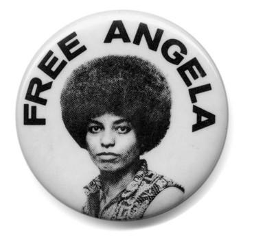 Angela_davis_button_2